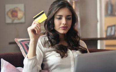 Cartão de crédito: vantagens e desvantagens de ter um