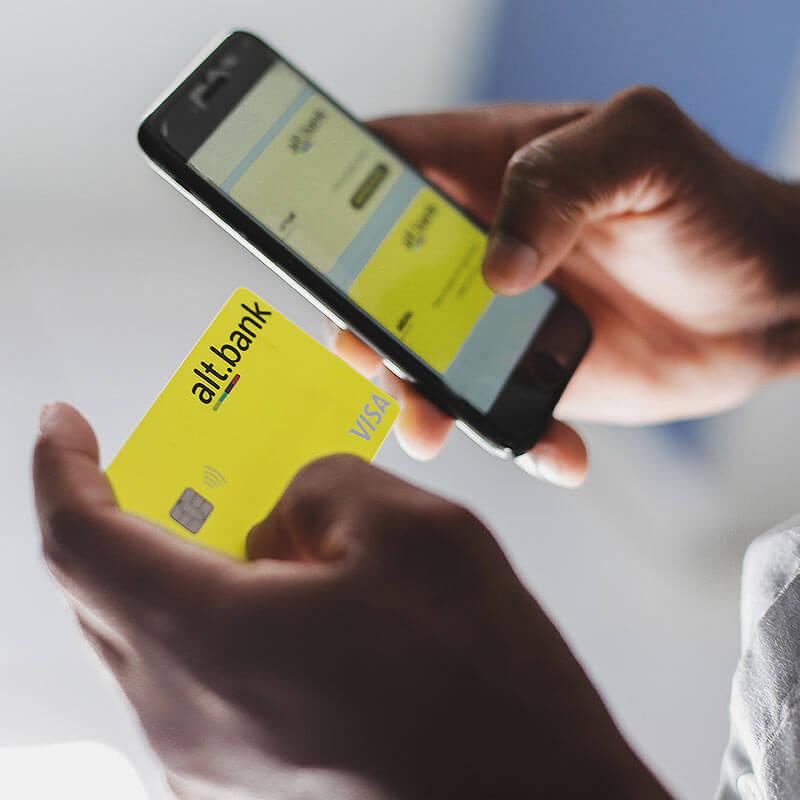 Cartão e app alt.bank