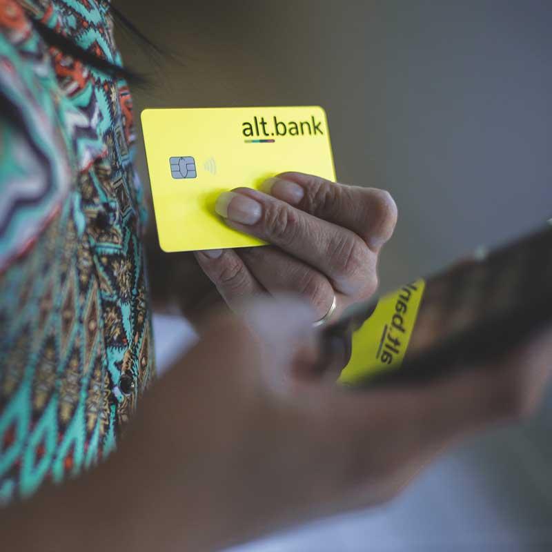 Aplicativo e cartão alt.bank